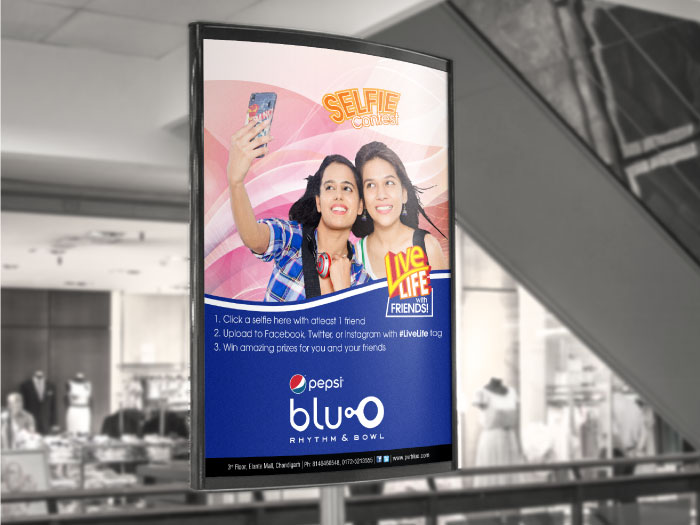 bluO Selfie Contest - Mall Poster